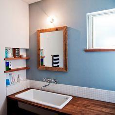 aiさんの、モザイクタイル,洗面所,カクダイの水栓,TOTO病院用流し,造作洗面台,のお部屋写真