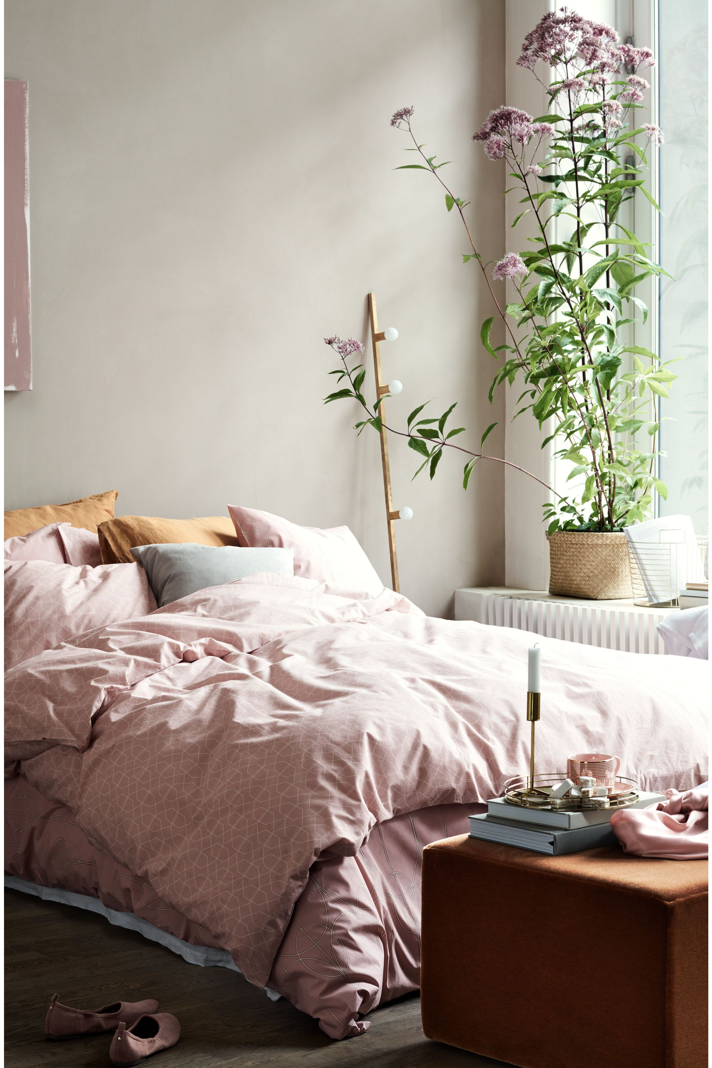 New Colour Schemes for Small Bedrooms