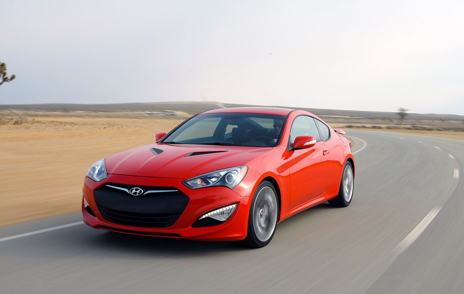 2015 Hyundai Genesis Coupe Drops Four Cylinder Gets $27 645