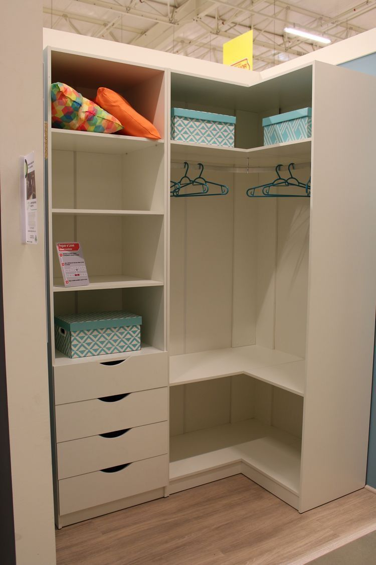 Mostra Um Layout Interessante In 2020 Corner Wardrobe Closet Bedroom Closet Design Wardrobe Room