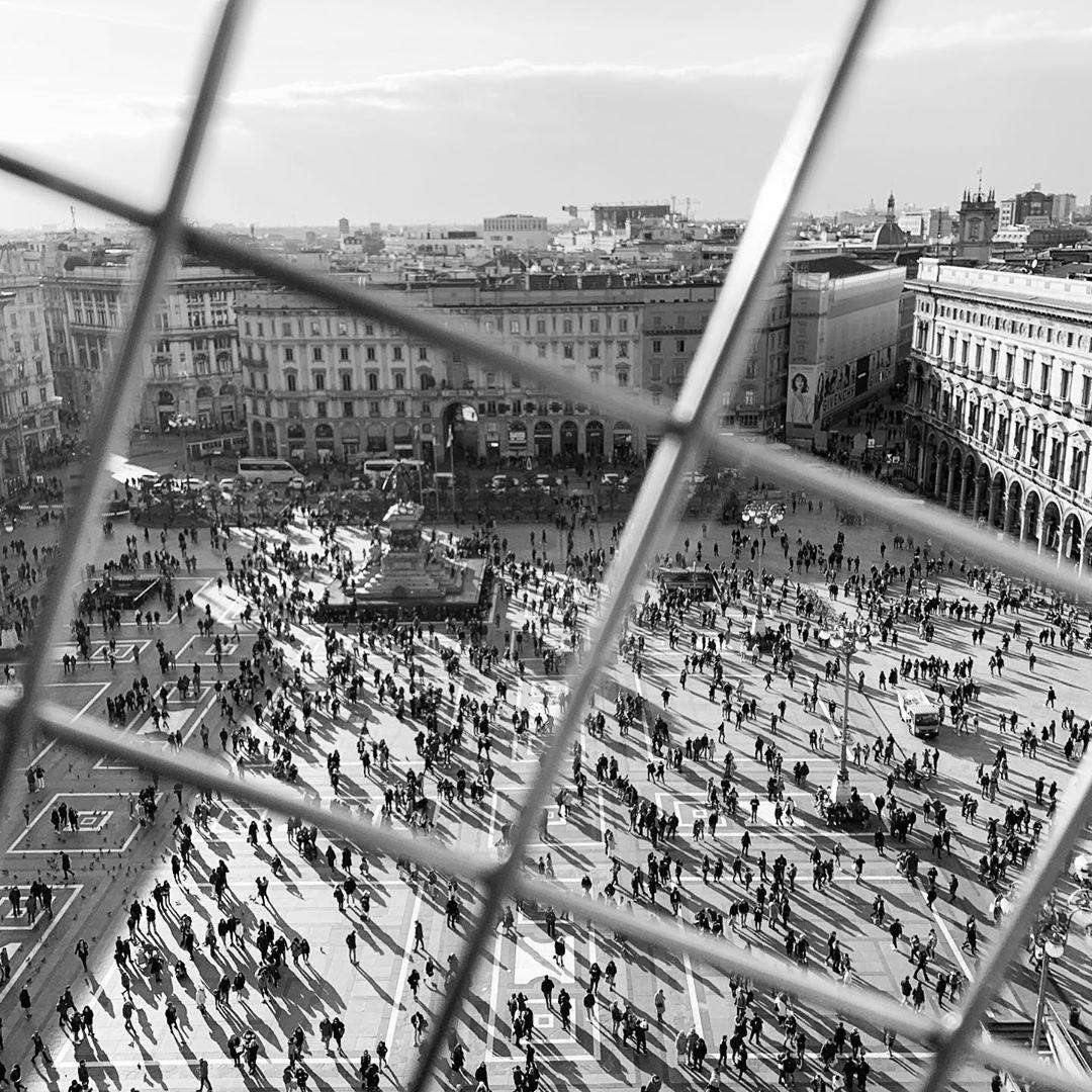 From above • Duomo Milano  #travelitaly #duomomilano #minimalism