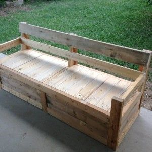 Patio Chair & Storage Box Made With Pallets