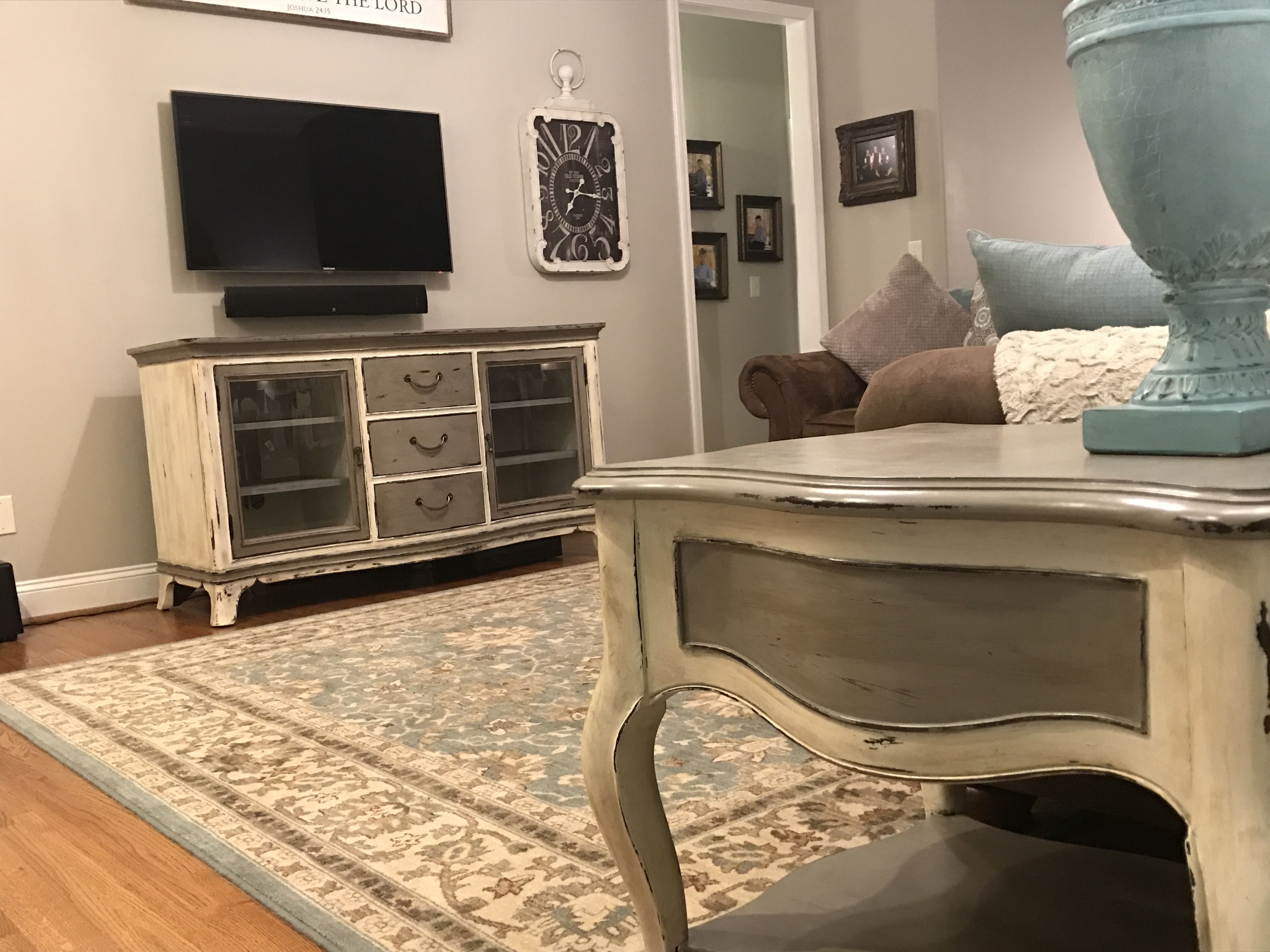 Console and end tables painted with Annie Sloan s old white and