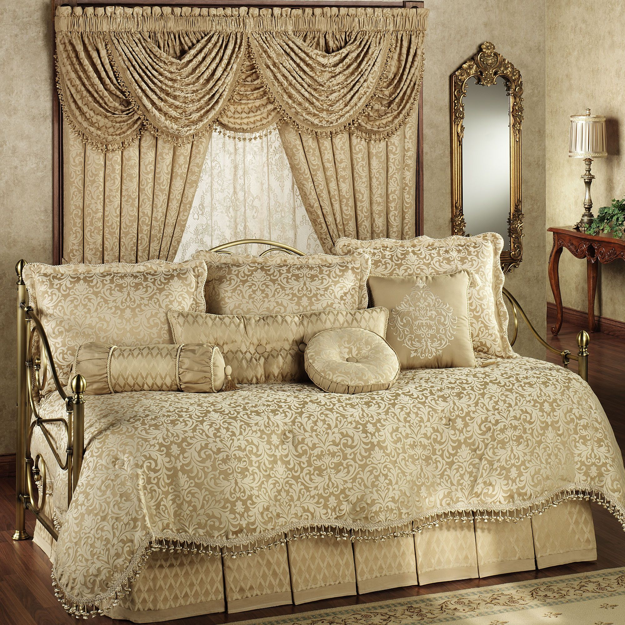 Newcastle Damask Daybed Bedding Set For the Home