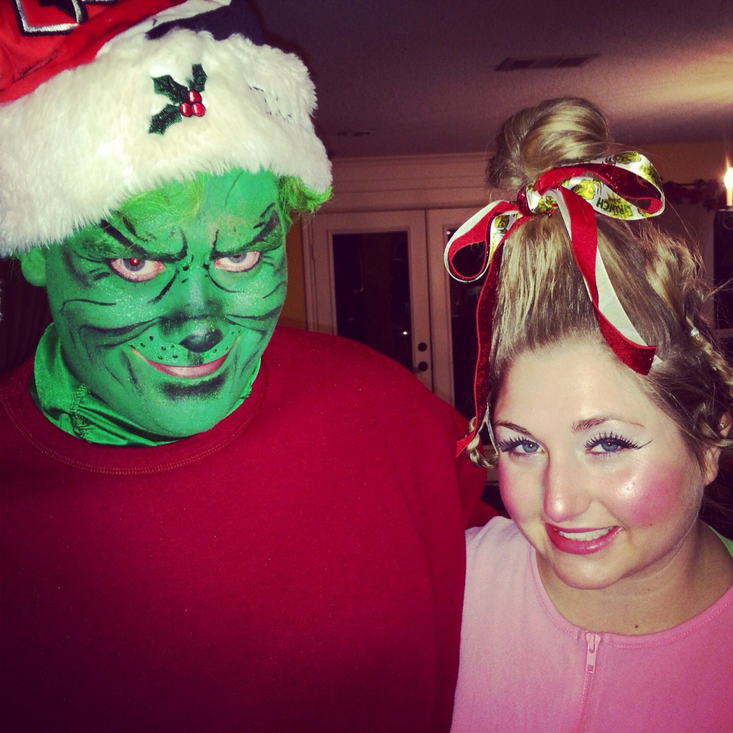 The Grinch and Cindy Lou Who Halloween costumes!  sc 1 st  Pinterest & The Grinch and Cindy Lou Who Halloween costumes! | Christmas ...