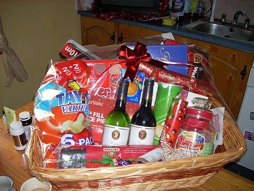 Frugal Christmas, Homemade Christmas Gifts, Christmas Holidays, Xmas, All  Things Christmas, - Pin By Sarah On Gift Basket Pinterest Gift Baskets, Christmas
