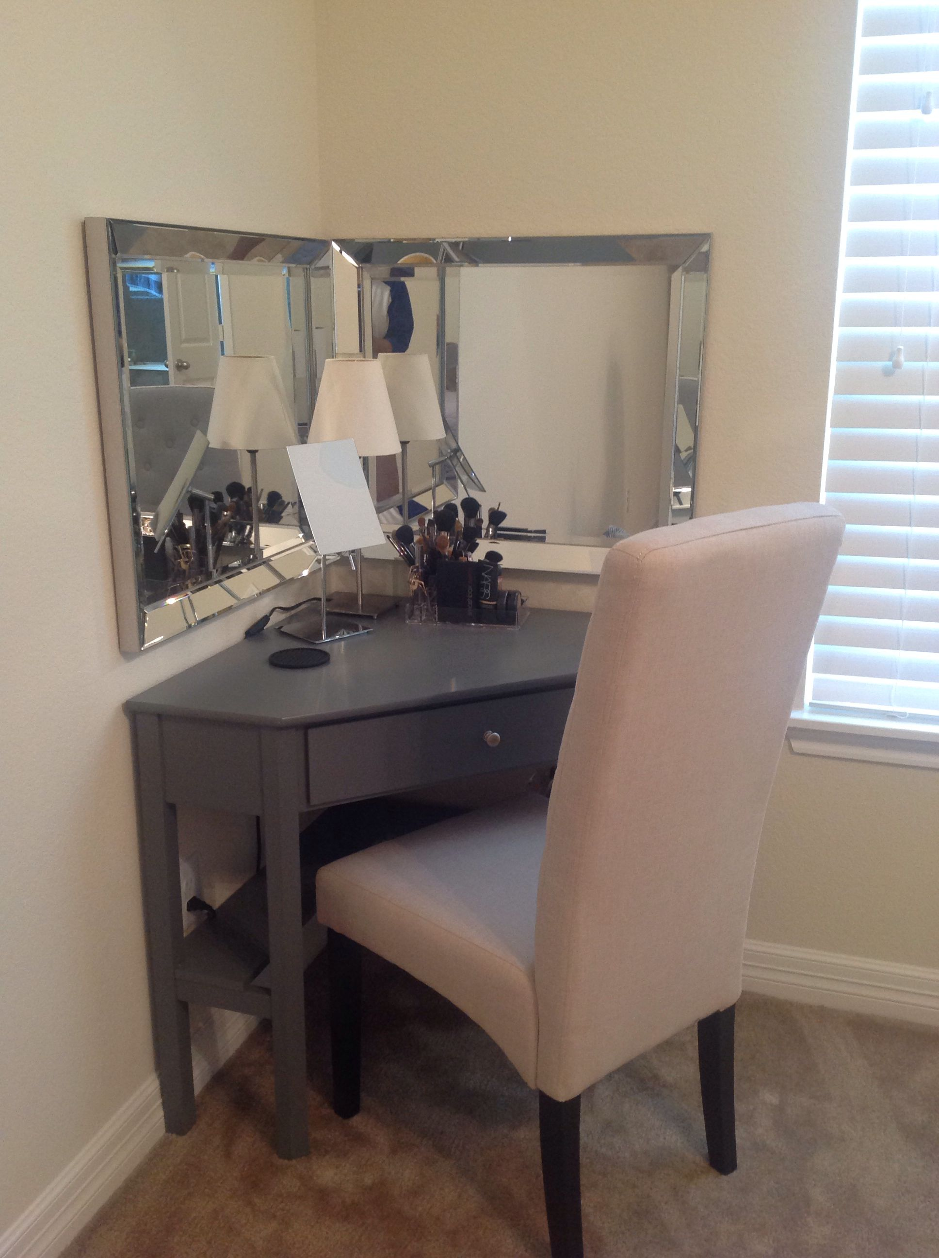 Diy Bedroom Vanity Corner Desk Chair And Desktop Mirror From Overstock Two Mirrors From Homegoods Perfect For T Bedroom Desk Bedroom Mirror Trendy Bedroom