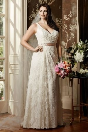 Which Wedding Dresses For Plus Size Girls Weddings Pinterest