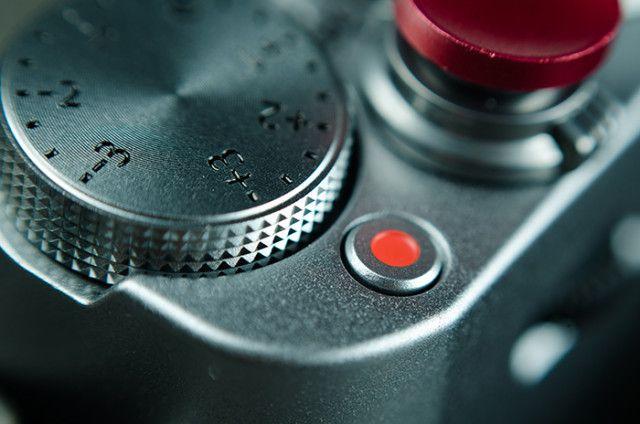 8 Reasons You Should Buy a 50mm f/1.8 Lens