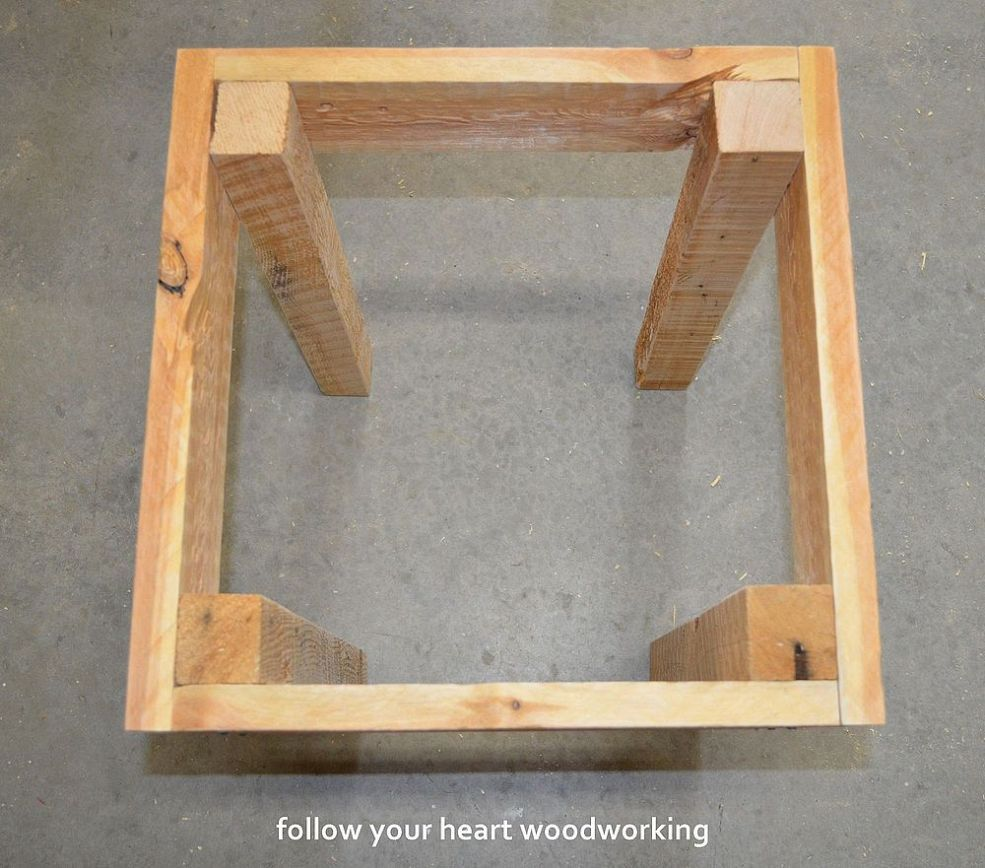 Hometalk easy cabinet door projects - Making Pallet Tables