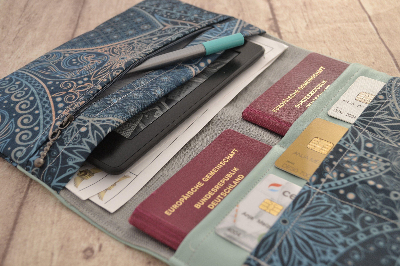 Grauer Reisepass