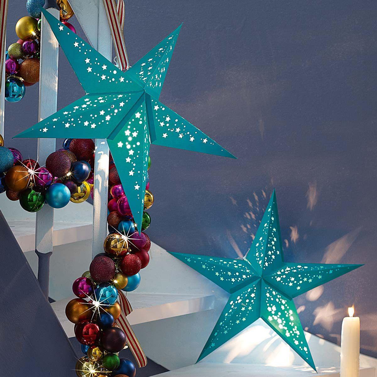 weihnachtsstern in kr ftigem t rkis xmas lights. Black Bedroom Furniture Sets. Home Design Ideas