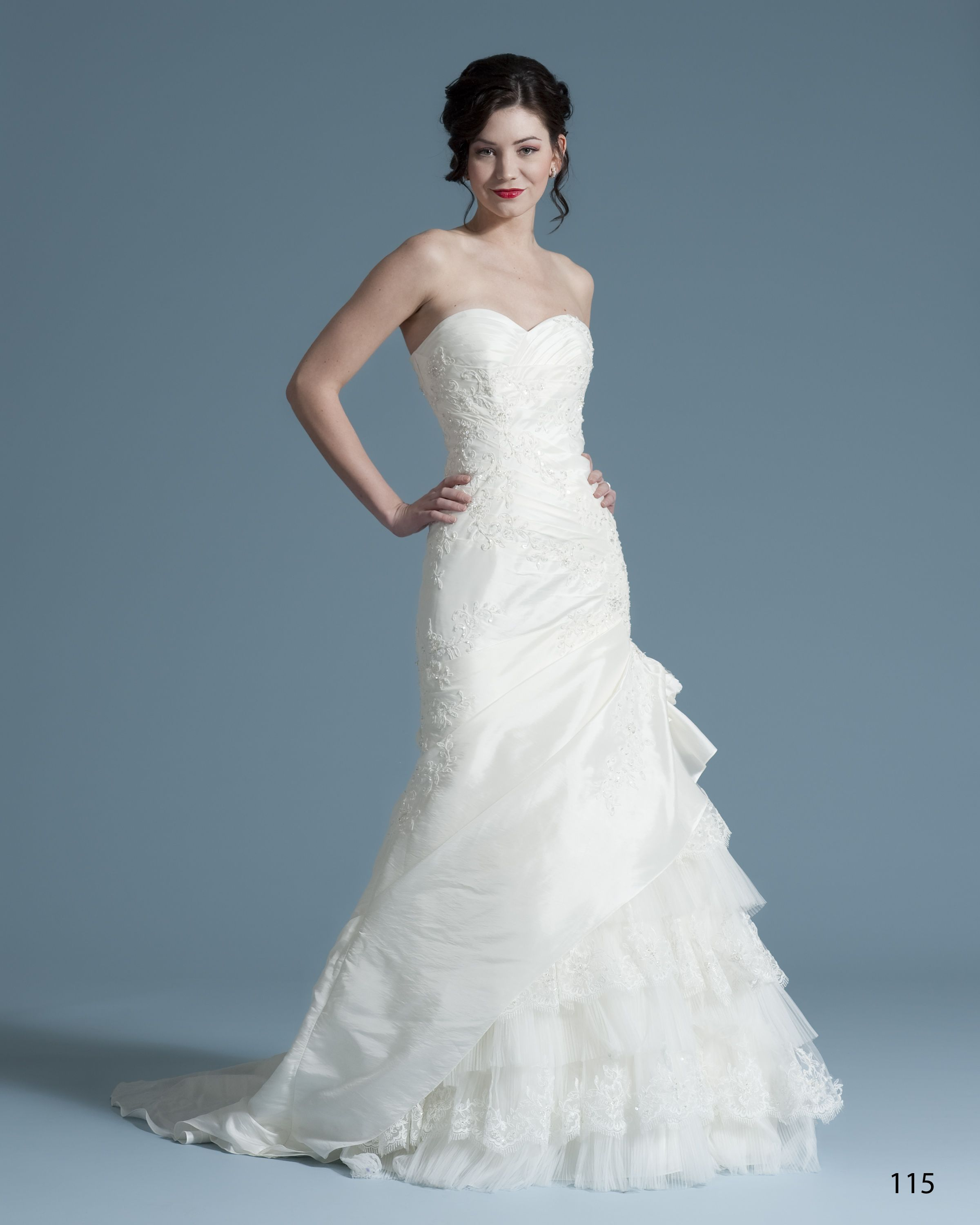 La Sposa By Pronovias Madeira Couture Bridal Gown Receive An Extra 10 Off Discount Designer Wedding Dresses Used Bridesmaid Dresses Designer Wedding Dresses