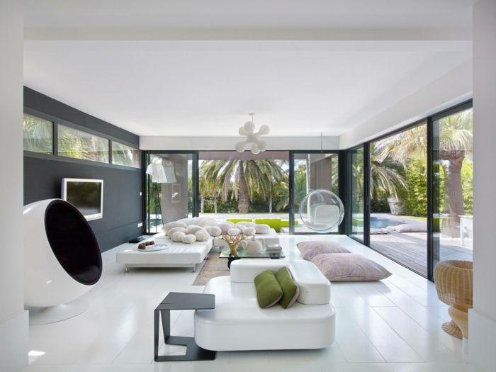 Modern Einrichten Wohmzimmer Weiß Cooler Sessel Weißer Boden