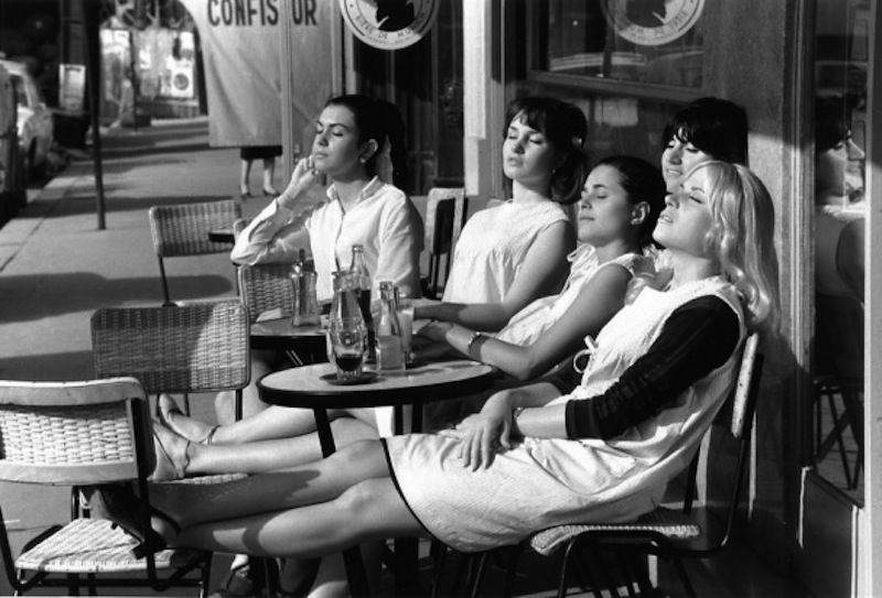 Robert Doisneau - Les coiffeuses au soleil - Paris 1966