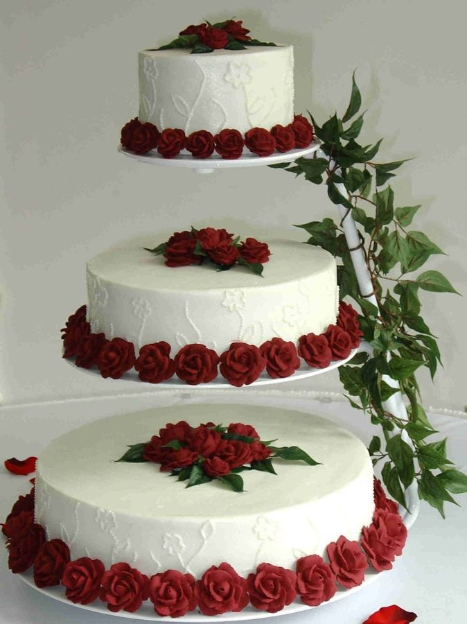 Floating Cake Stand Wedding Cakes : floating, stand, wedding, cakes, Floating, Stand, Cakes, Embroidered, Flowers, Royal, Roses, Round, Wedding, Stands,, Vintage,, Tiered