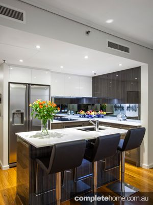 Beautiful Cool and Stylist Interior Kitchen Design