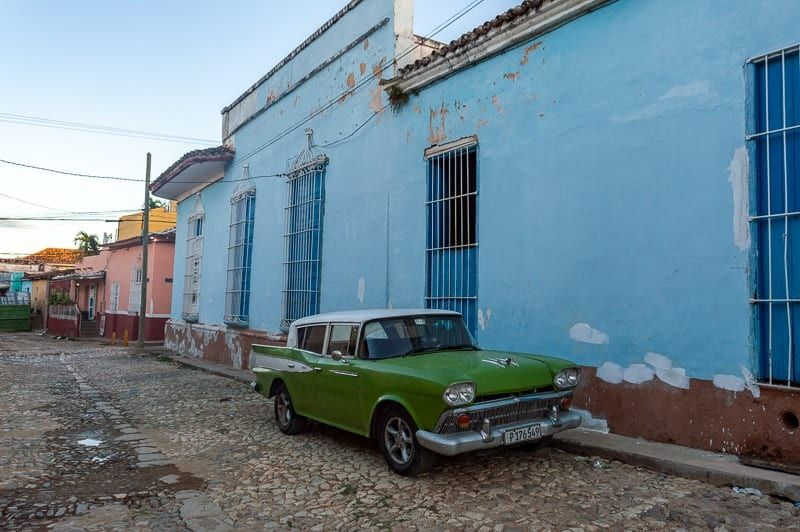 Using Cadecas to exchange money in Cuba - everything you need to know!  .  #horizonunknown #cuba #cadeca #travelcuba #cuc #cubacurrency #cubancadeca #cadecaincuba #traveler #travelblog