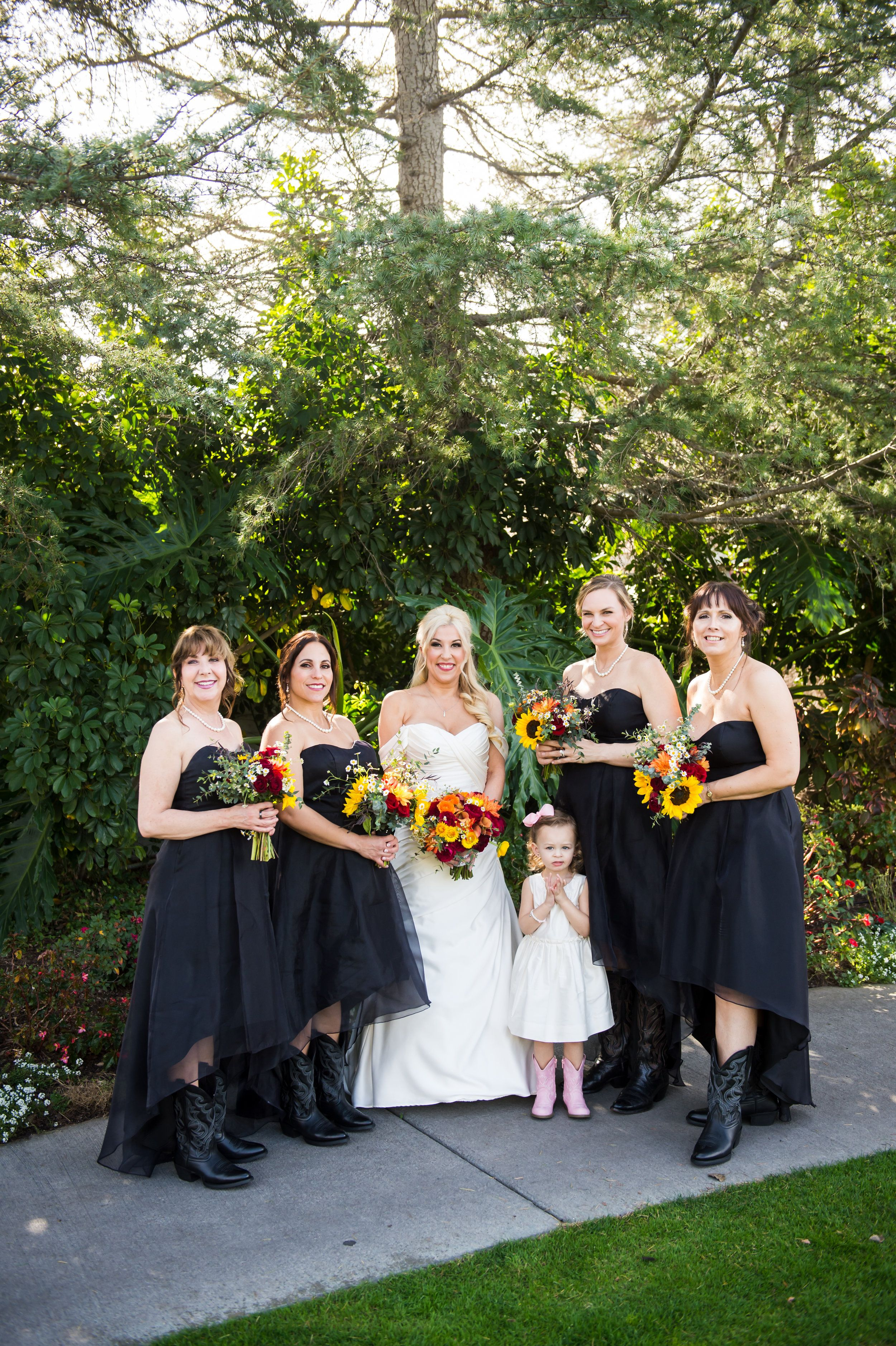 Strawberry Farms Golf Course Wedding Michelle Johnson Photography Golf Course Wedding Wedding Black Bridesmaid Dresses