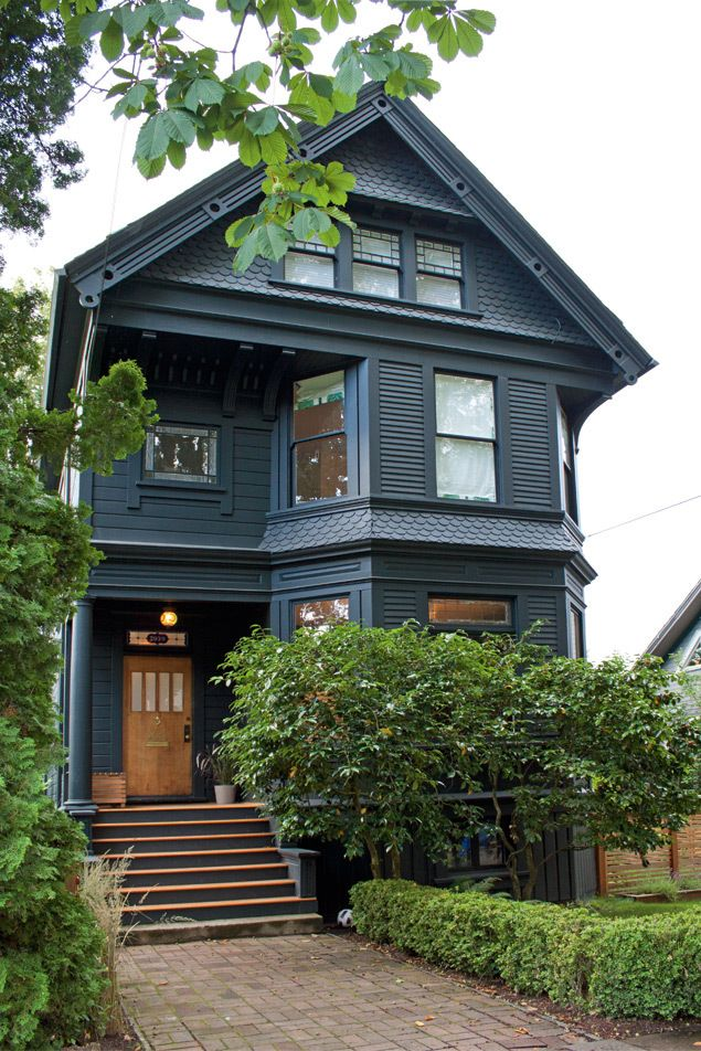 Victorian Houses Victorian House Colors Modern Victorian Homes Black House Exterior