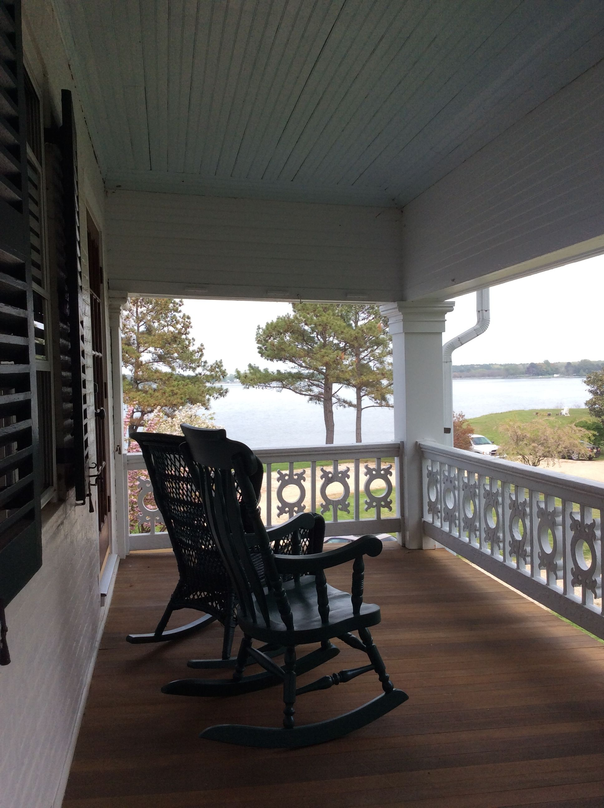 Wel e to Wades Point Inn on The Bay Property Detail