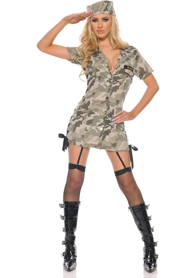 Private Time y Military Girl Camo Costume Bouty camp