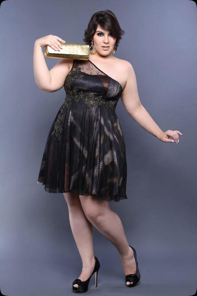 Vestido curto para festa de casamento para gordas