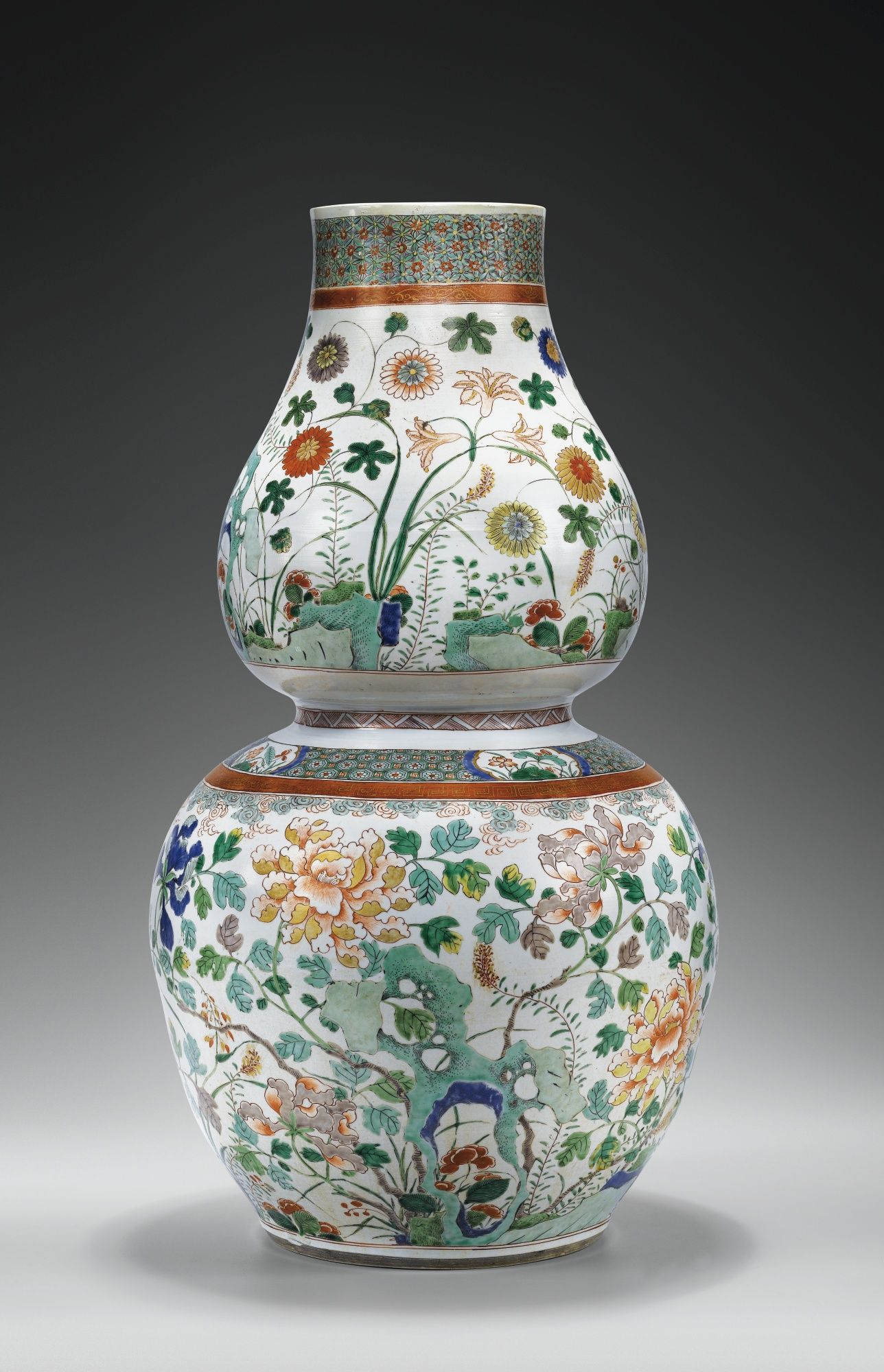 An Unusual Large Double Gourd Shaped Famille Verte Vase Qing Dynasty Kangxi Period 1662 1722 Porcelain Ceramics Chinese Ceramics Antique Vase