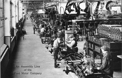 In 1913, Ford instroduces the integrated moving assembly line to auto production. #TBT #Ford #History