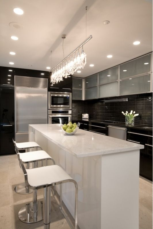 Beautiful Kitchen Design With Lovely Lighting