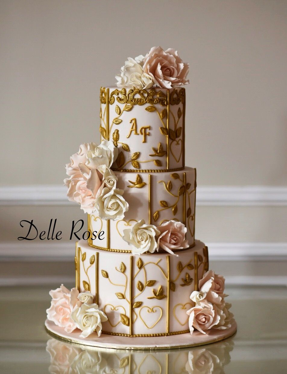 Wedding Cake 3 Layer With Golden Touch And Fondant Flowers Amazing Luxury Gorgeous Engagement Dellerose Cafe Delle Rose Saudi