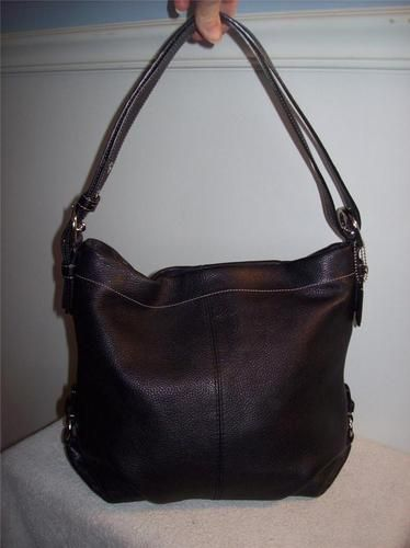 31caec991f Coach Black Pebble Leather Duffle Hobo Shoulder Crossbody Bag Style F15064  Mint