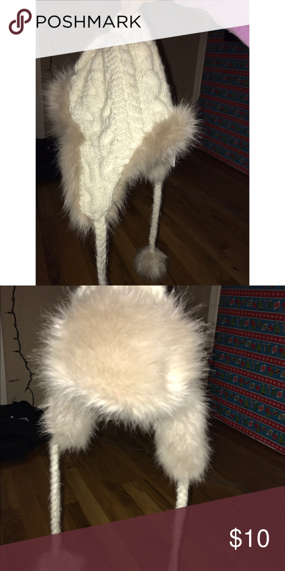 Fuzzy winter hat Worn once, very warm, great condition. Aeropostale Accessories Hats