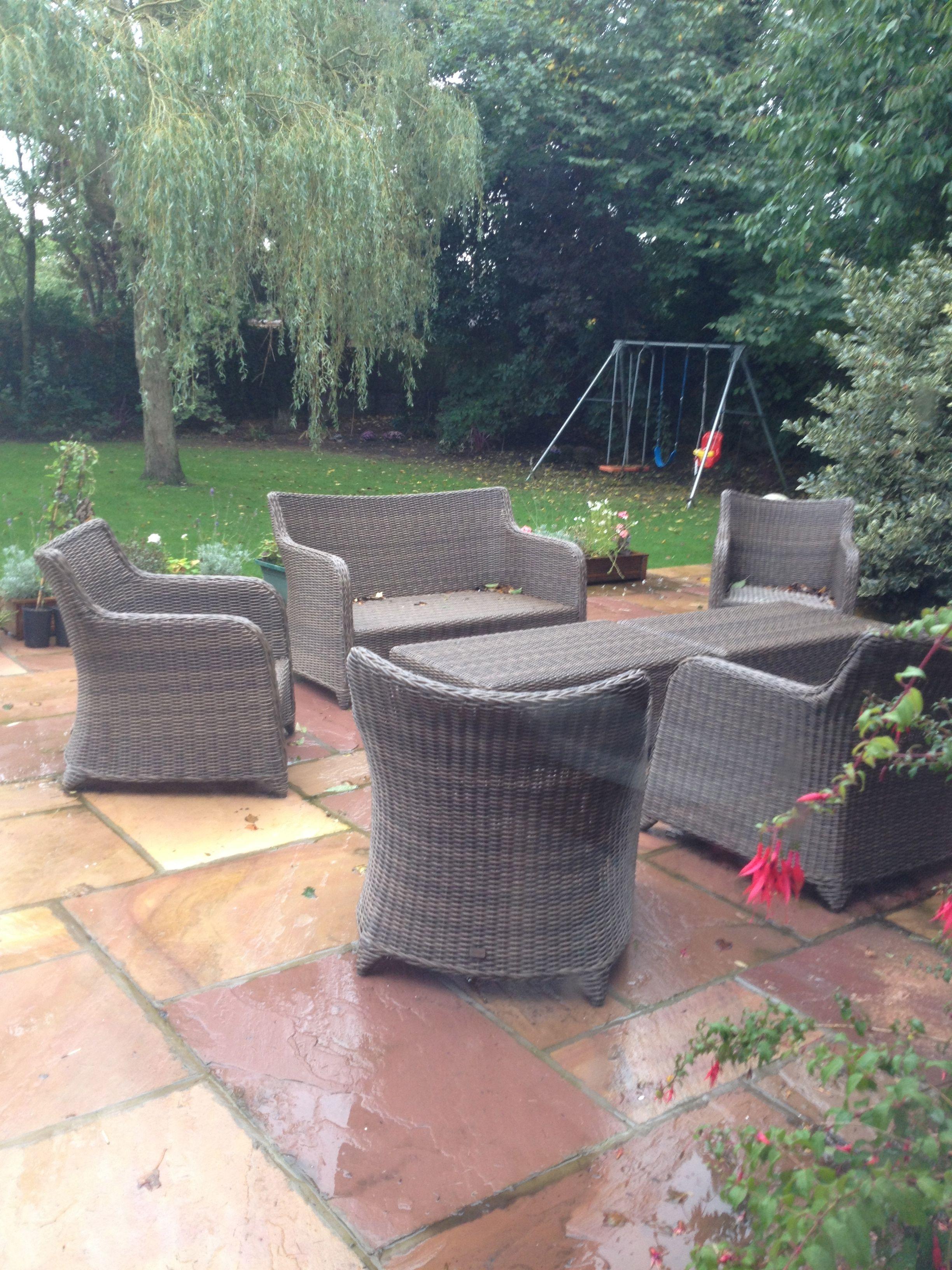 Love this garden furniture