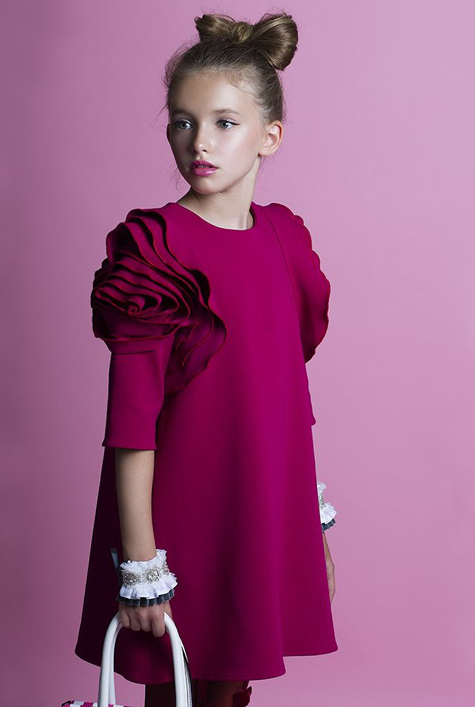 ALALOSHA: VOGUE ENFANTS: Must Have of the Day: Airfish Christmas ...