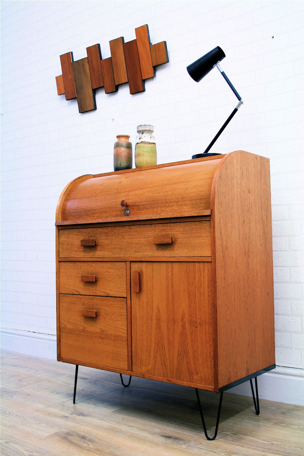 Luxury Hairpin Desk with Drawer