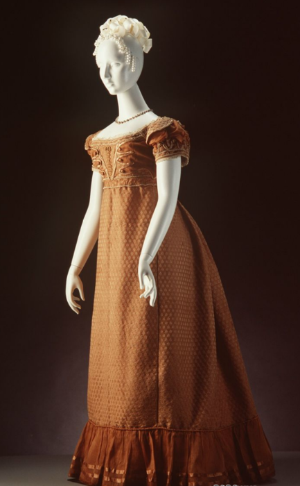 Evening dress, womens, figured silk / muslin / silk passementerie (trim), maker unknown, England, c. 1820