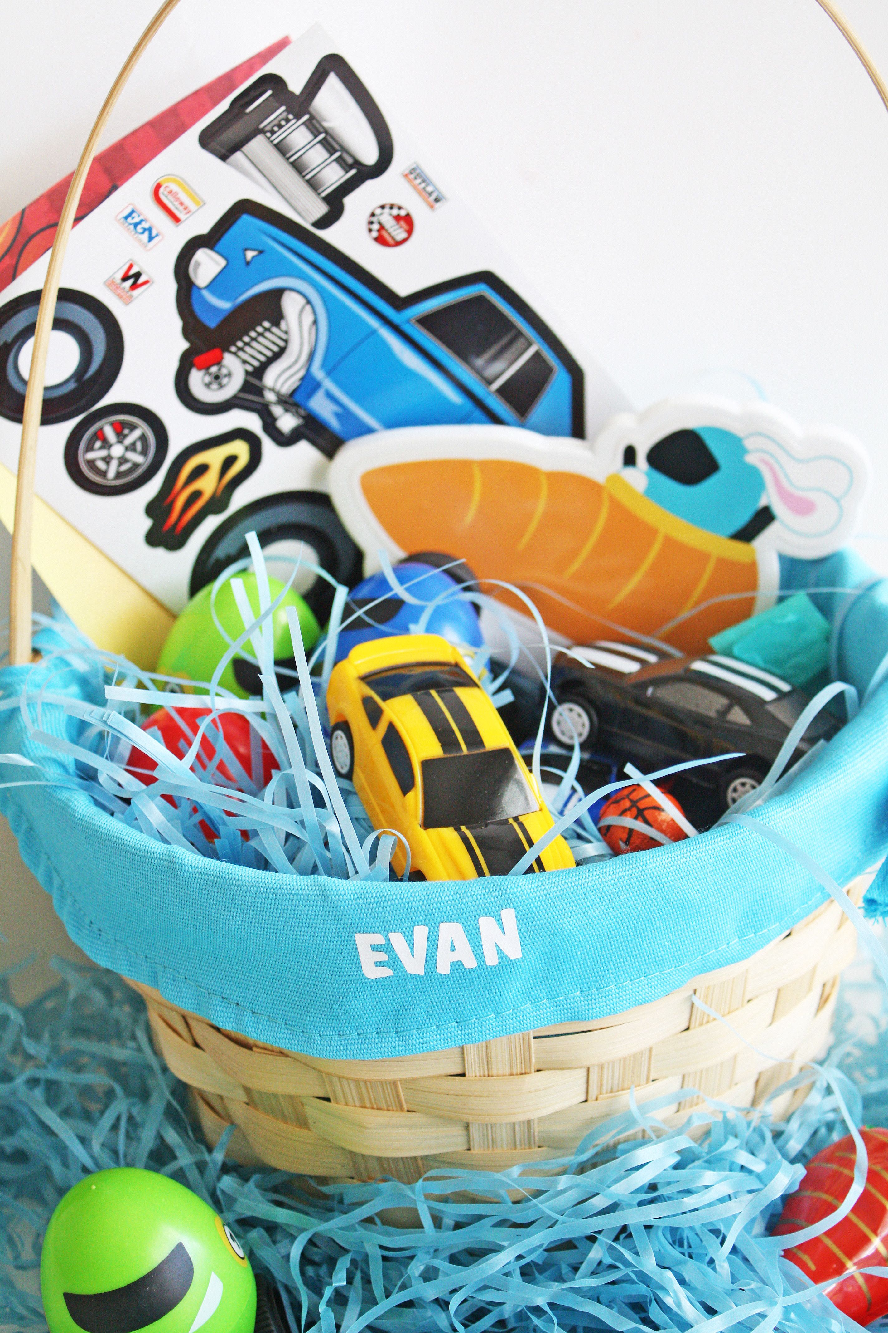 Car themed boys easter basket pinterest unique easter basket looking for a unique easter basket idea for boys this race car themed easter basket will get them revved up take a cue from ellaandannie for boys easter negle Images
