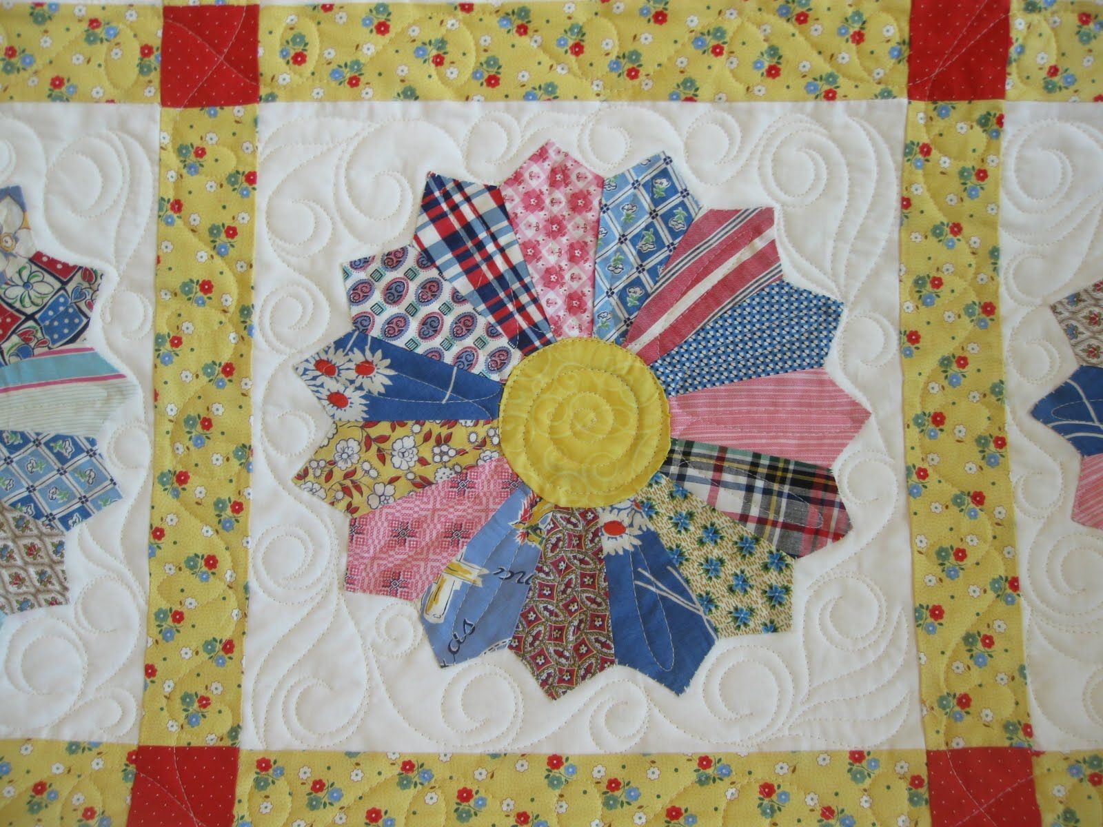 quilting design for dresden plate quilt google search dresden