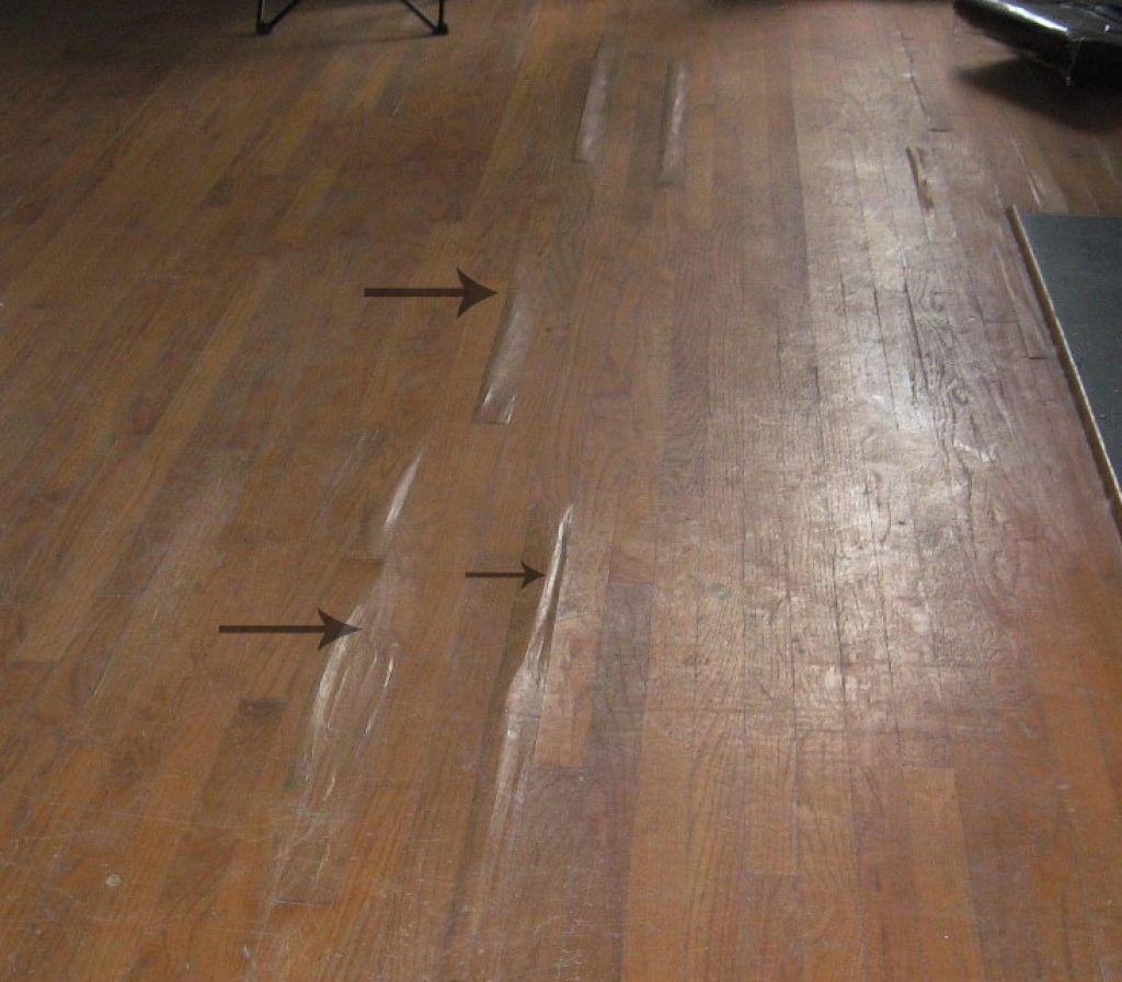 water damage to wood laminate floors
