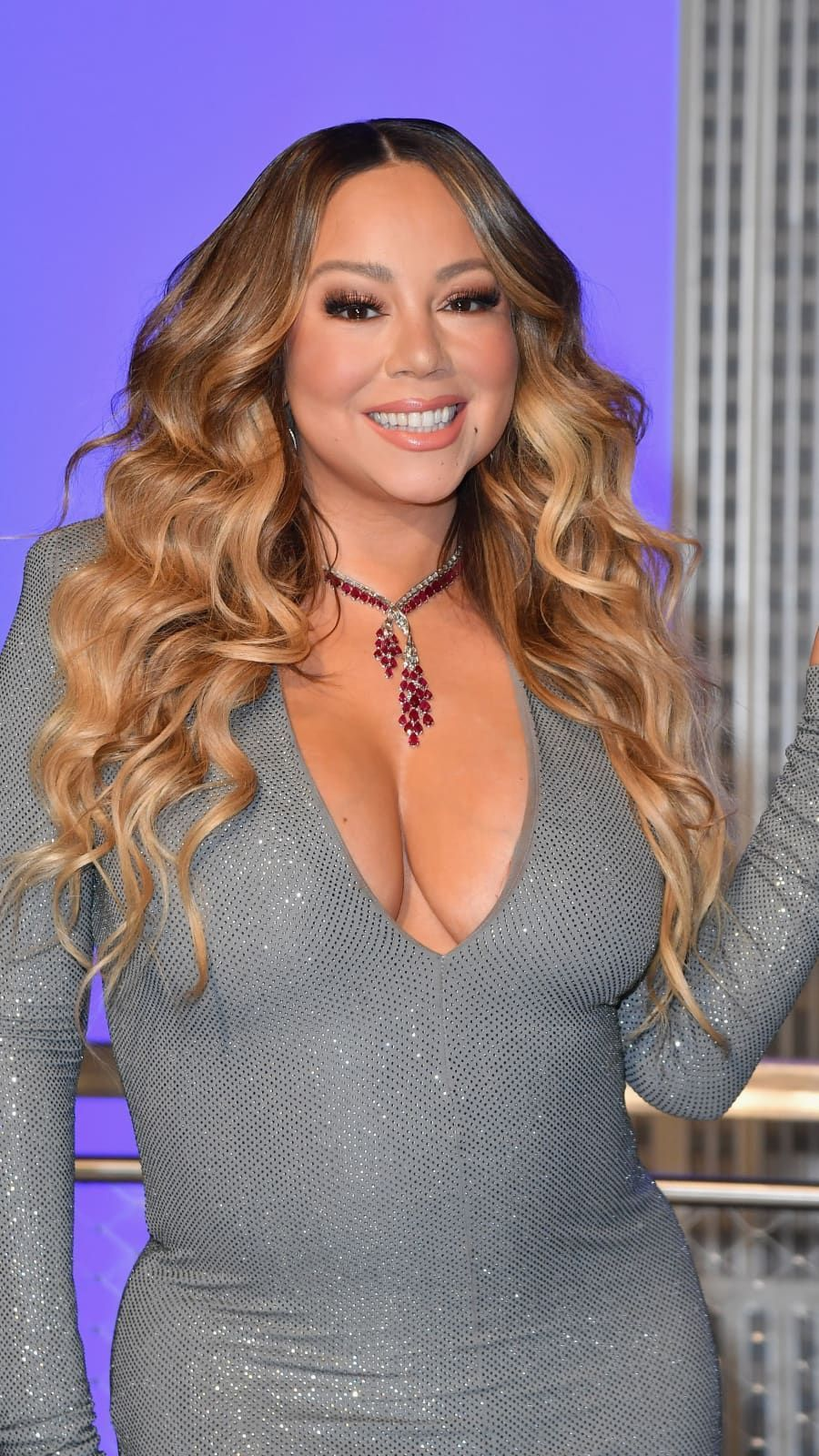 Mariah Carey Participates In The Ceremonial Lighting Of The Empire State Building In Celebration Of The 25th Anniversary Of In 2020 Mariah Carey Mariah Celebrity Moms