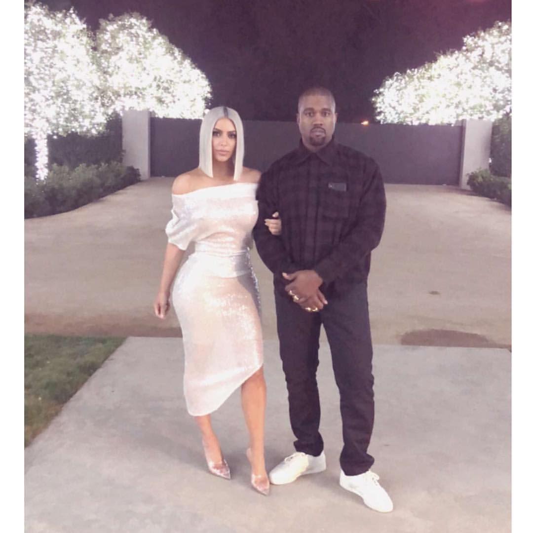 Kim And Kanye On New Years Eve 2017 Kim Kardashian And Kanye Kim Kardashian Style Kardashian Style