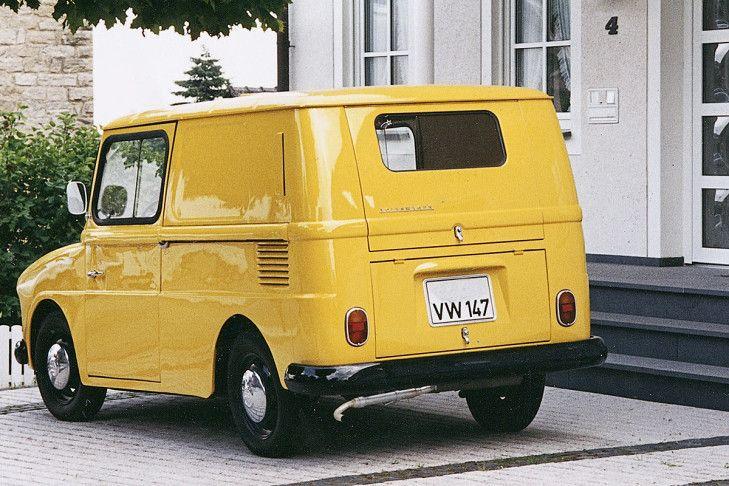 fridolin Foram produzidas exatamente 6.139 unidades do Kleinlieferwagen entre 1964 e 1974. A maioria delas foi usada pelo serviço postal alemão, mas algumas delas foram exportadas para a Suíça. Além disso, uma pequena frota foi encomendada pela companhia de voo Lufthansa para uso nos aeroportos. Hoje, cerca de 200 exemplares ainda existem.