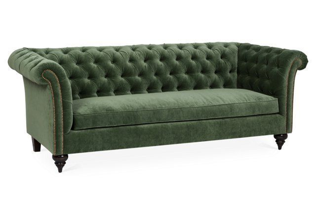Latest Clad in button tufted velvet upholstery in a vibrant forest green hue this sumptuous sofa delivers stylish color and contrast to your space Plan - Popular Green Chesterfield sofa Beautiful