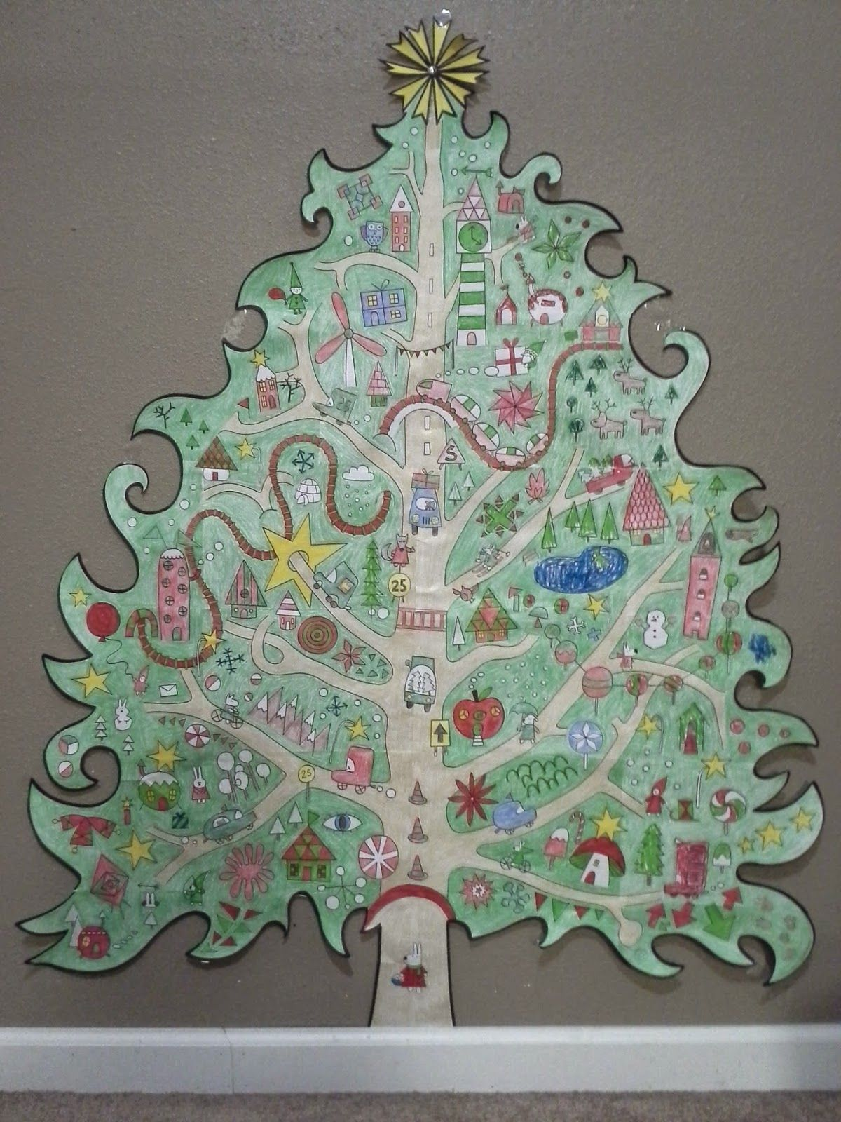 Giant Christmas Tree Coloring Pages