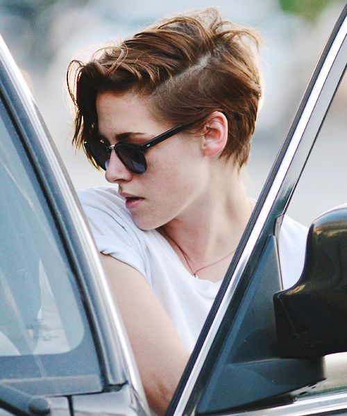 50 Mind Blowing Short Hairstyles For Short Lover Kristen Stewart Hair Short Hair Styles Edgy Haircuts