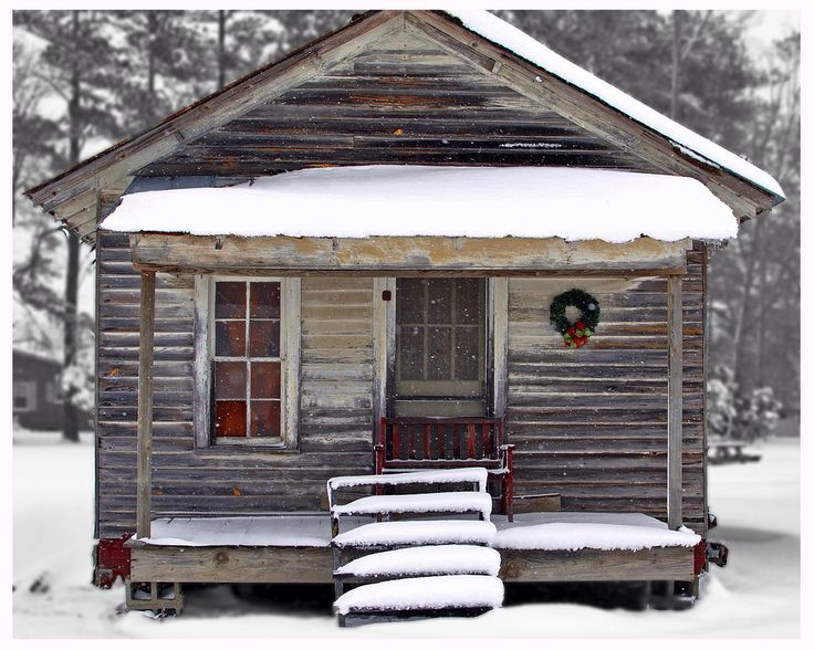 Adorable little shack at Christmas..