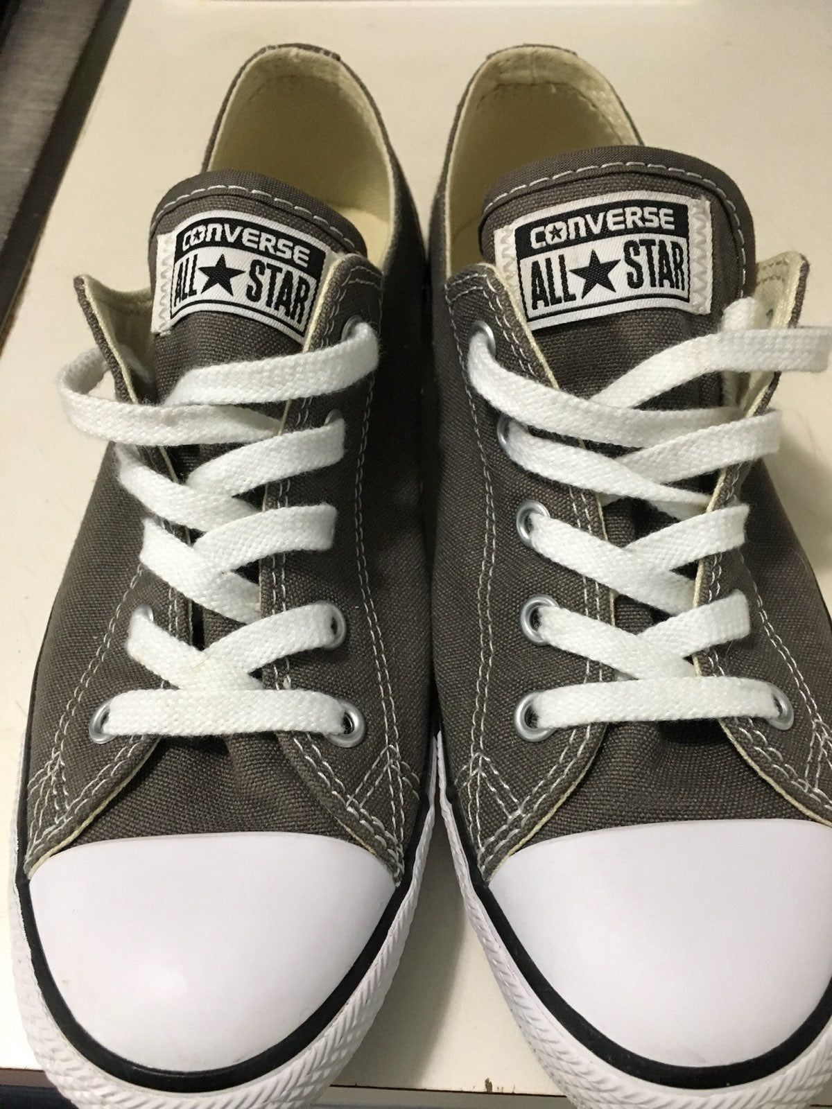Gray converse size 7. I purchased these