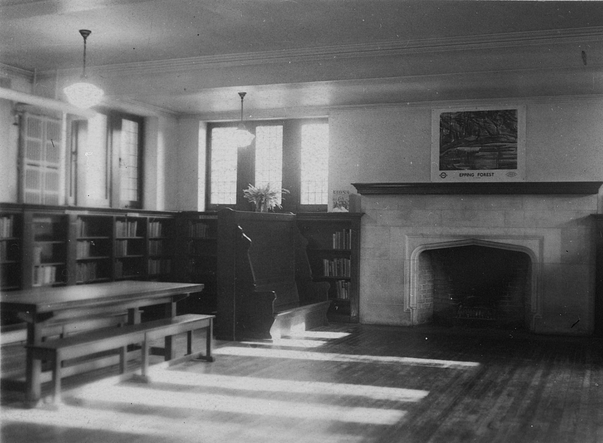 Wychwood Branch Library vintage photo WY c1940 Children s room