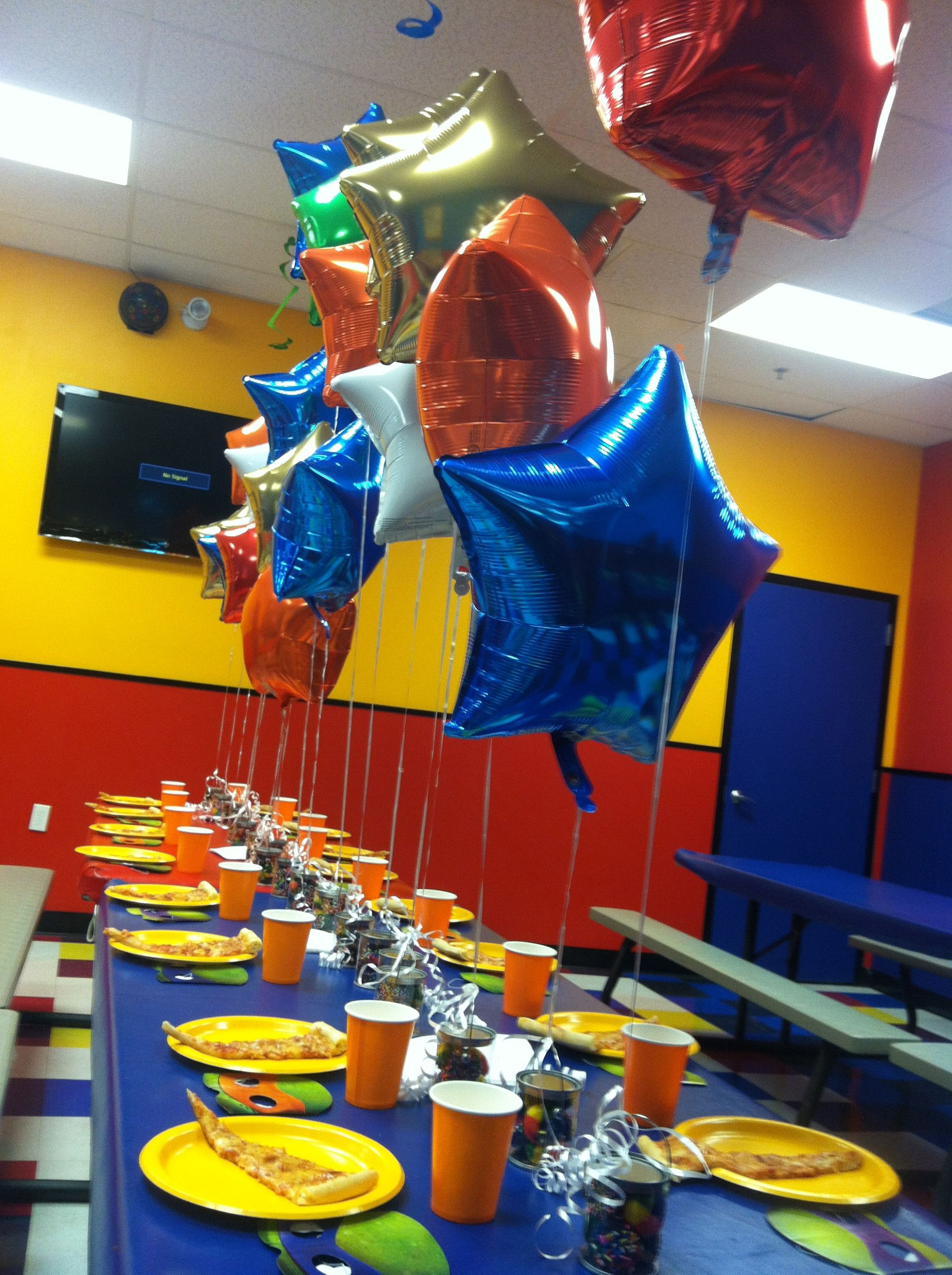 Personalized Pump It Up Birthday Party With Foil Balloons Anchored